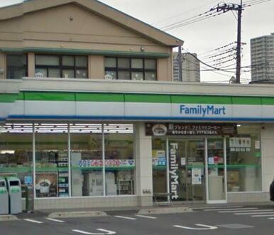 ファミリーマート川口市役所南店