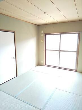 寝室としても十分な広さ・6帖の和室