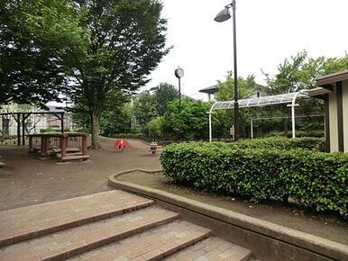 練馬区立梨の花公園