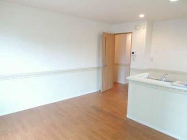 開放的なリビングで、お好きな家具と新生活を始めませんか?