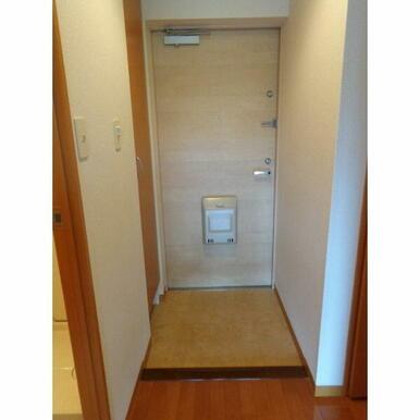 ドアの種類など高級感のあるものを使っています!