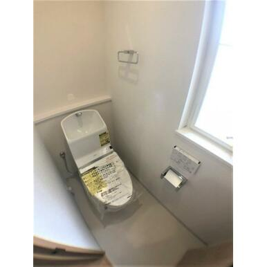 【トイレ】トイレは各階ございます♪