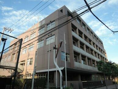荒川区立 諏訪台中学校