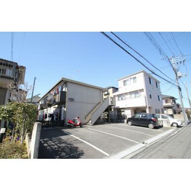 人気の住宅街。三郷市早稲田。フォーブルコジマはその中でしっかり根をおろした物件です。