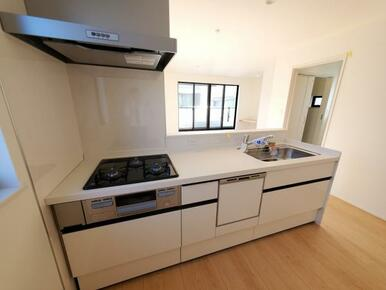 キッチン 家事にかかる時間を短縮!食洗機付きです。