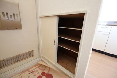 下駄箱のある玄関スペース♪