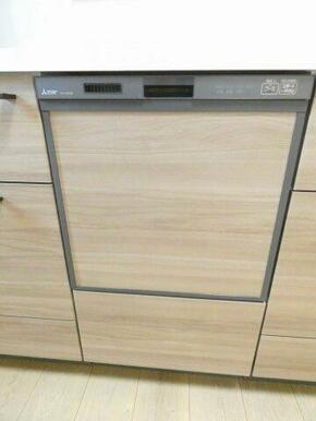 食後の洗い物が楽々!食器洗い乾燥機付き!