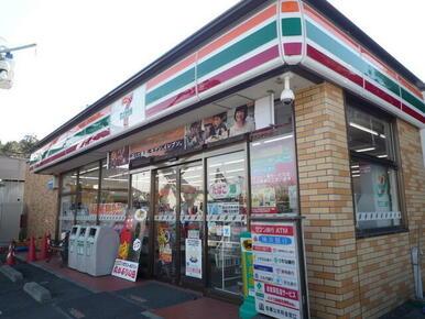 セブンイレブン 横浜小雀町店