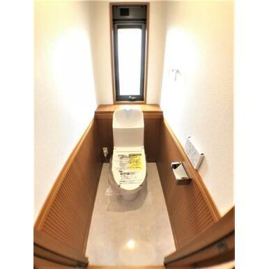 【トイレ】各階にございます。
