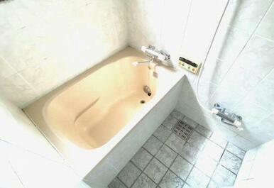 きれいなお風呂です。追い炊き機能付き