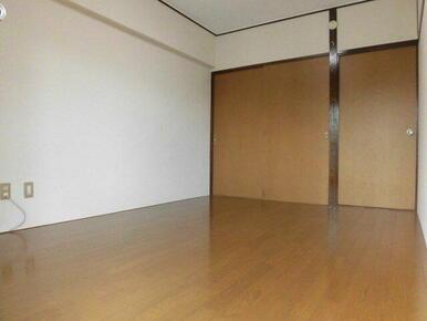(参考)同一建物内の他の部屋の写真となります。