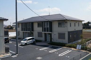 積水ハウス施工の2階建賃貸住宅ShaMaisonです。
