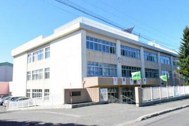 西岡北小学校