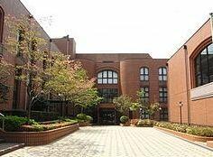 私立愛国学園短期大学