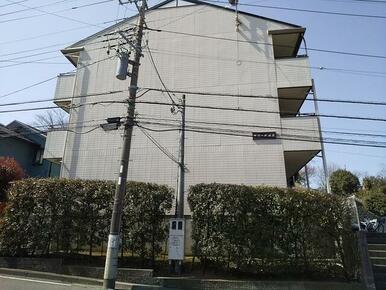 横浜線「鴨居」駅徒歩20分・徒歩圏内にコンビニも御座います♪