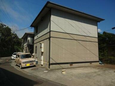 鎌倉市稲村ガ崎3丁目・2DK×6世帯の物件です。