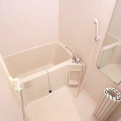鏡付バスルーム