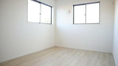 2階洋室6.7帖