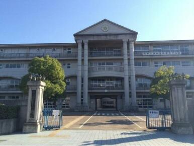 越谷市立花田小学校