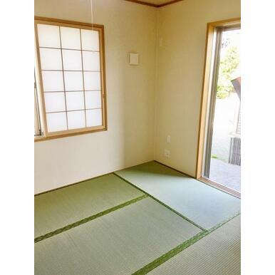 【和室】 来訪時や、家事スペースとしても使える便利な和室!
