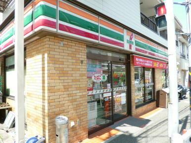 セブンイレブン横浜戸部店