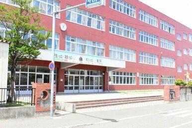 札幌市立南小学校