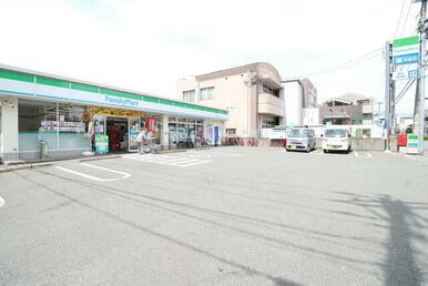 ファミリーマート福岡大楠一丁目店