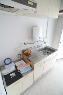 二口ガスコンロ設置可能です。調理スペースを広く確保したキッチン♪