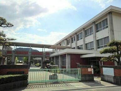 坂出市立松山小学校