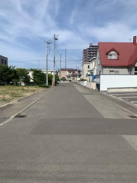 札幌市清田区 平岡二条3丁目 2階建 4LDK
