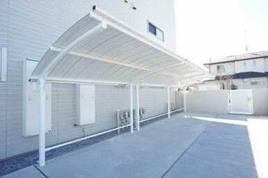 ☆屋根付駐輪場があります♪