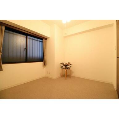 (納戸)納戸スペースはお部屋にも使えます