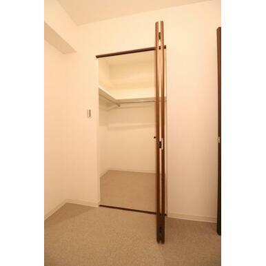 (WIC)大容量収納スペースでお部屋すっきり。