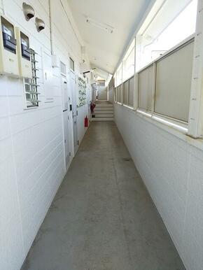 共用部外廊下