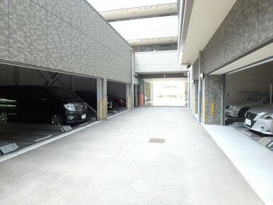 敷地内機械式駐車場※空き状況・サイズ要確認・車種制限有