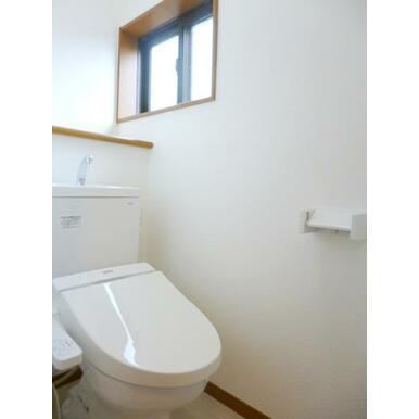 「トイレ」新品の二階トイレ
