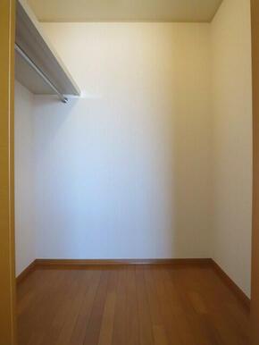 ★北側のお部屋にあるウォークインクローゼットです★