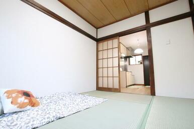 和室6帖のお部屋です♪