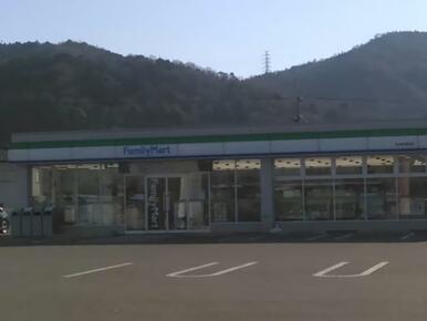 ファミリーマート石井町浦庄店