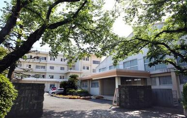 富士市立吉原第一中学校