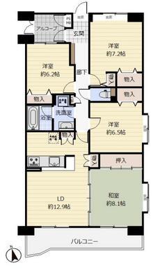 《間取り》各室の他、トランクルームなどもあり収納スペース充実!