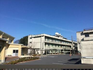 三尻小学校