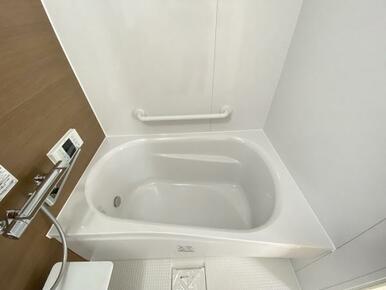 新品に交換済みの浴室です。