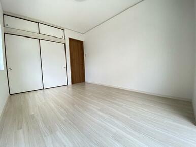 1階約6帖の南側洋室 別角度です。