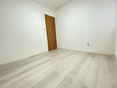 2階中央のお部屋 別角度です。