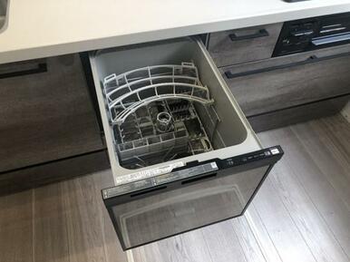 家事をサポートする食洗機付!