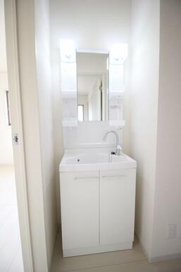 2階にも洗面台が付いているため、清潔感溢れた生活をお過ごし頂けます♪
