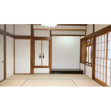 襖、障子の張替えや畳の表替えですっきり綺麗になった8帖和室です!