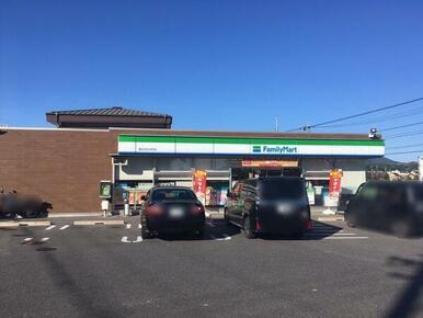 ファミリーマート春日井松本町店