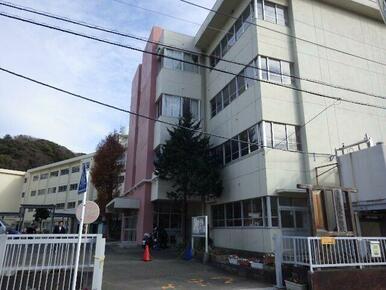 久木中学校